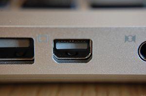 display port van uw videokaart voor digitaal beeld en geluid
