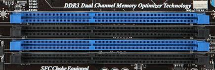 Dual Channel geheugen op het moederbord herkennen aan de hand van gekleurde geheugen sloten