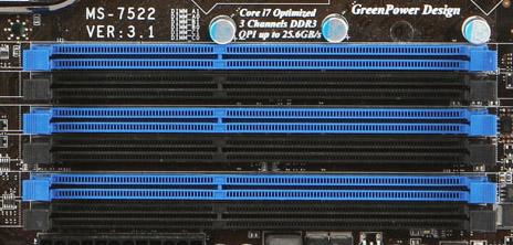 Triple Channel geheugen gebruiken aan de hand van gekleurde moederbord geheugensloten