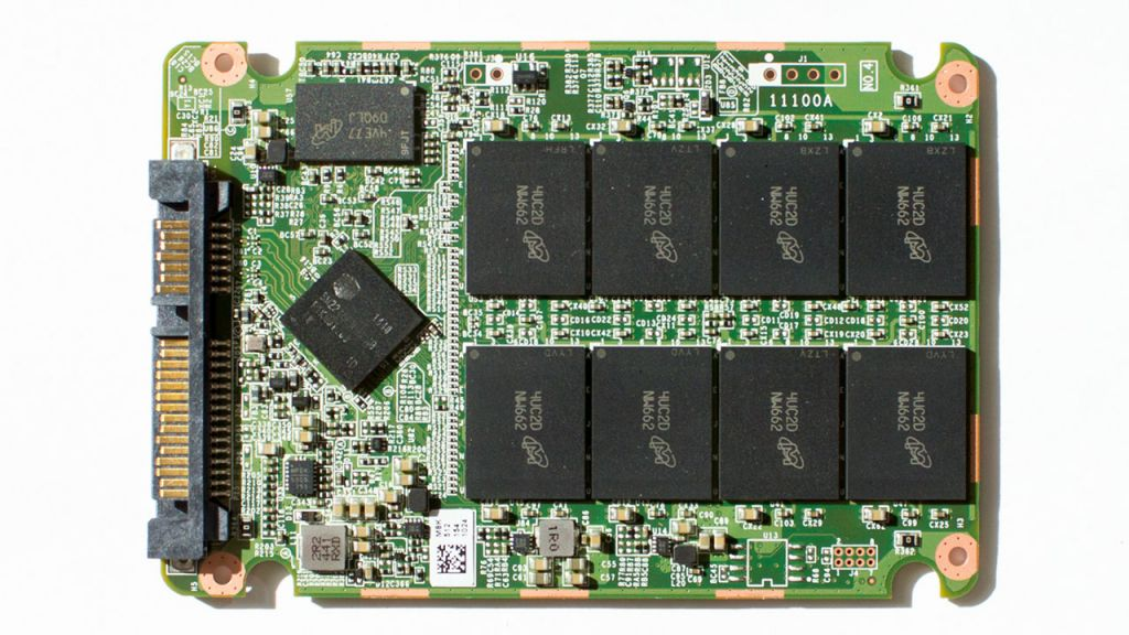 solid-state-drive-nand-onderkant